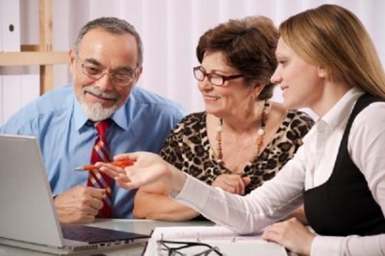 Kontakt en erstatningsadvokat ved spørsmål om erstatning. Ansvarlig forsikringsselskap dekker rimelige og nødvendige advokatutgifter