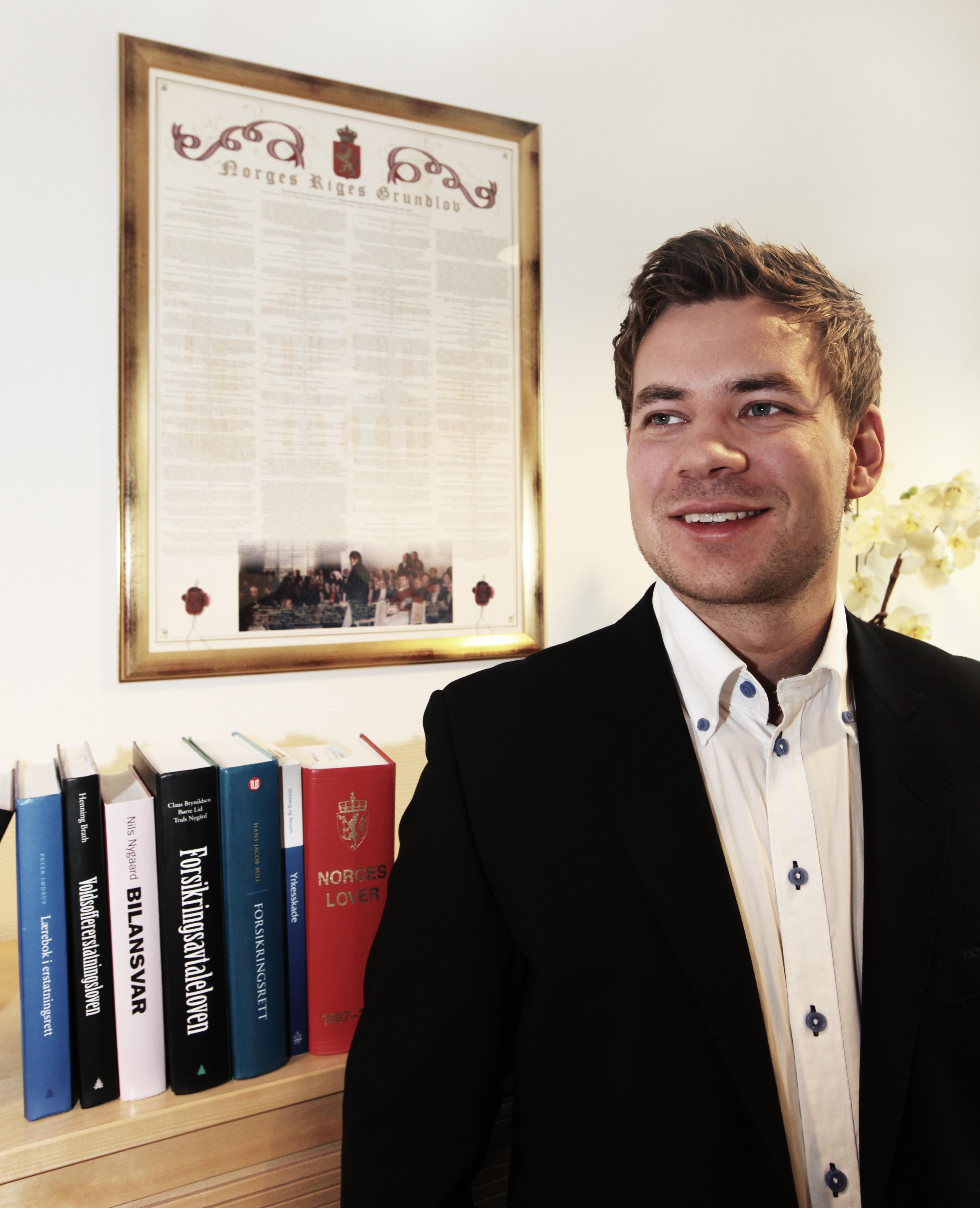 Advokatflm. Eirik Teigstad hjalp mannen som fikk 1,4 millioner kroner i voldsoffererstatning